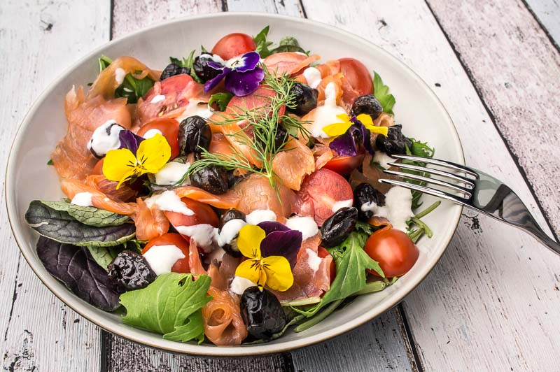 Smoked salmon salad - recipe - Daily Gourmet